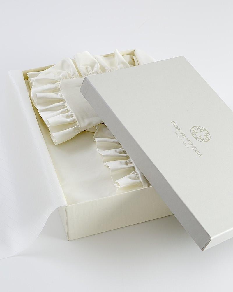 Комплект детского постельного белья в коробке Ruche Avorio - fioridivenezia.ru