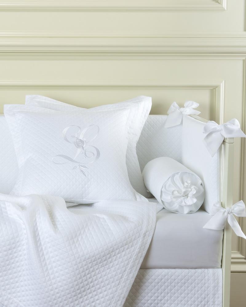 Декоративная подушка с вышивкой и валик Solo Bianco - fioridivenezia.ru