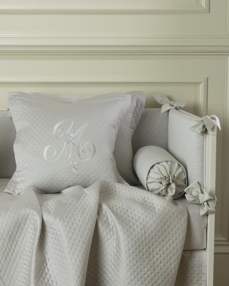 Декоративная подушка с вышивкой и валик Solo Ombra - fioridivenezia.ru