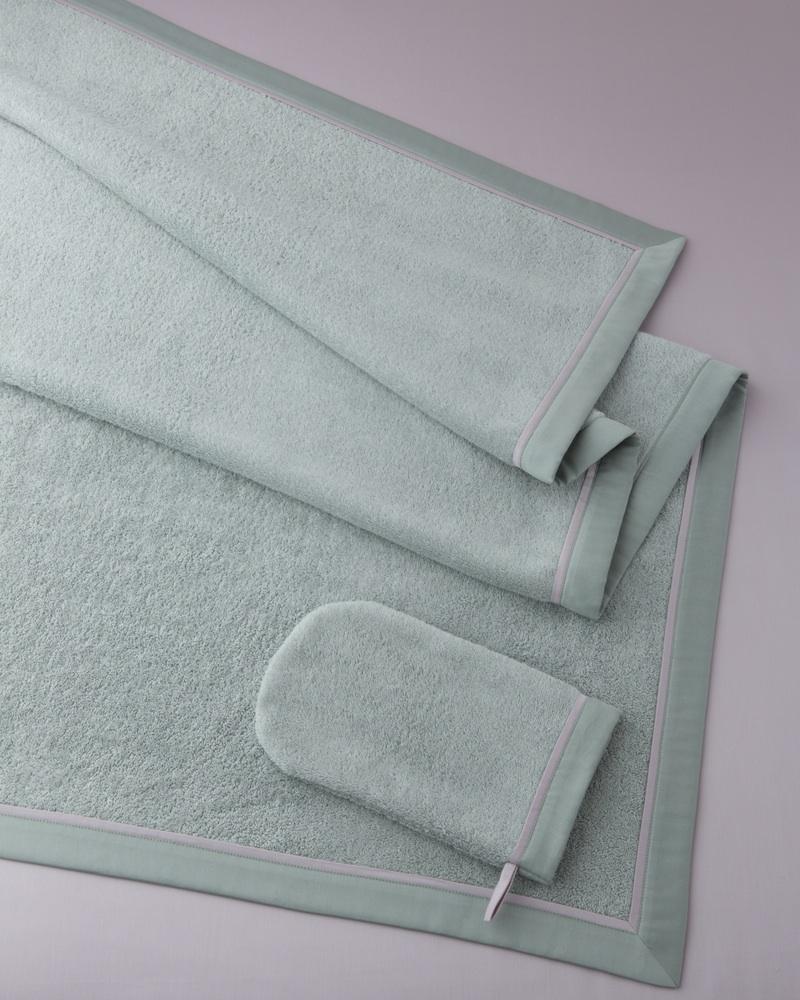 Махровое полотенце и перчатка Bon Ton Irish - fioridivenezia.ru