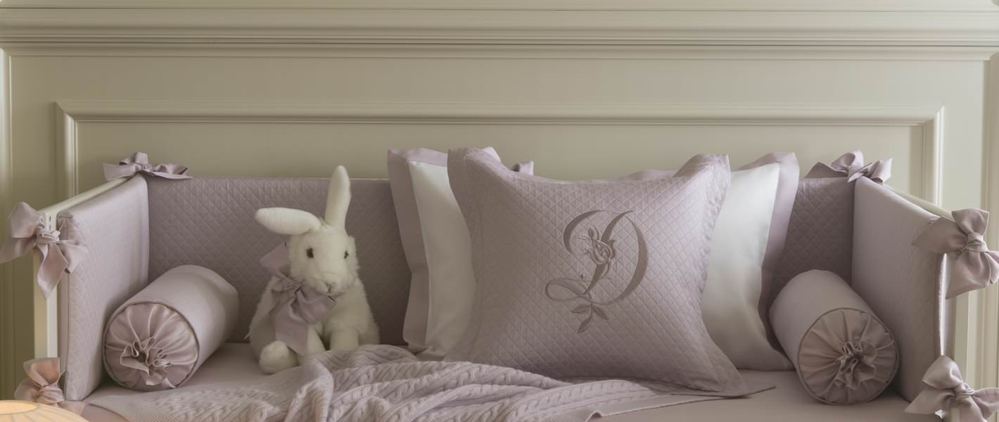 Детские покрывала, подушки с вышивкой - fioridivenezia.ru