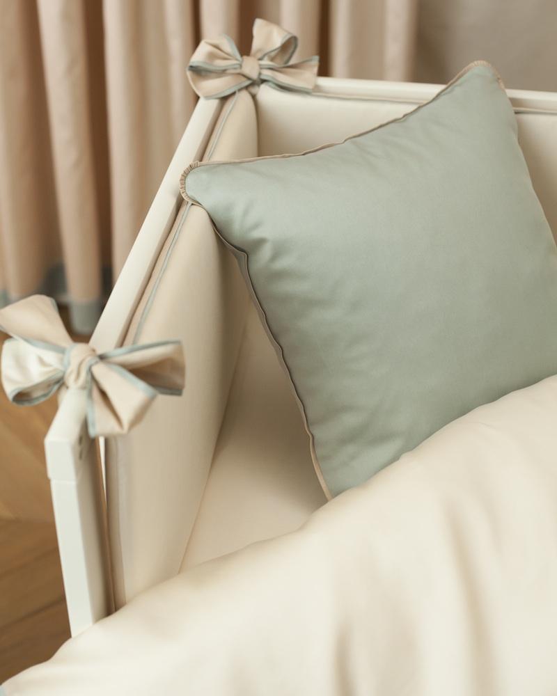 Бортик в детскую кроватку Bon Ton Powder, состав хлопок 100% - fioridivenezia.ru