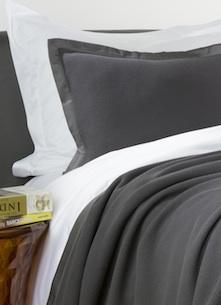 Декоративные подушки Mare Gri