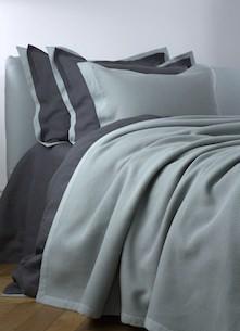 Покрывало и подушки Mare Winter