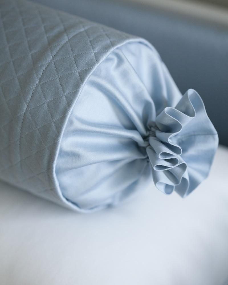 ДекоративнаяДекоративная подушка и валик Solo Blu - fioridivenezia.ru