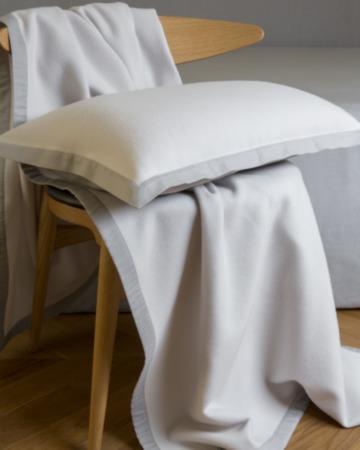 Плед и подушка Lana Castel