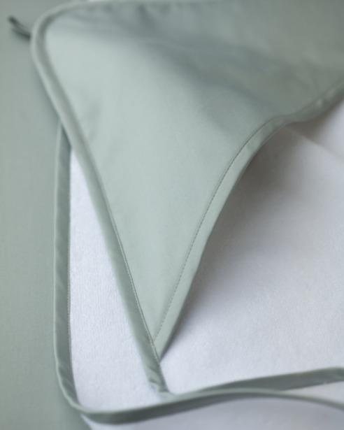 Банный уголок с капюшоном Candy Mint - fioridivenezia.ru