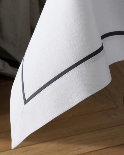 Набор скатерть и салфетки Canapa Bianco - кант Grisaglia