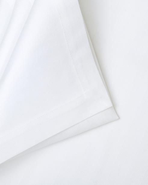 Скатерть Spinato Bianco размер 150смх250см