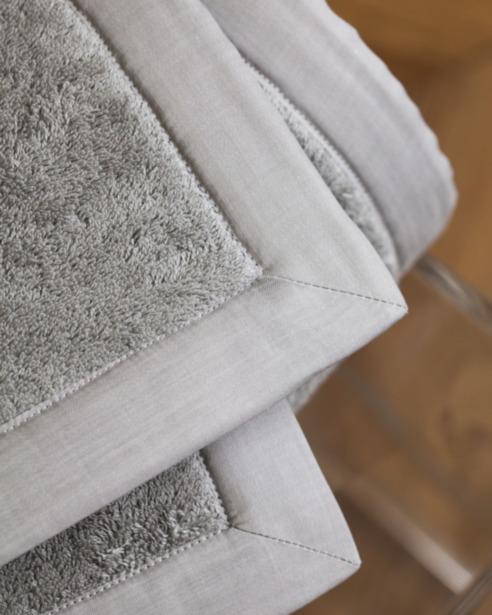 Коврик махровый в ванную Castel - fioridivenezia.ru