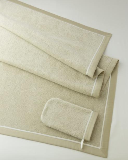 Полотенце и перчатка из махры Bon Ton Sable - fioridivenezia.ru