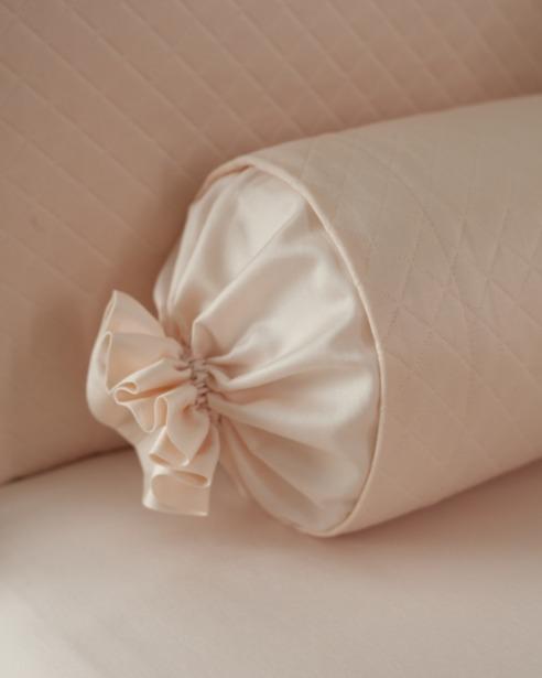 Декоративная подушка и валик Solo Rosa - fioridivenezia.ru