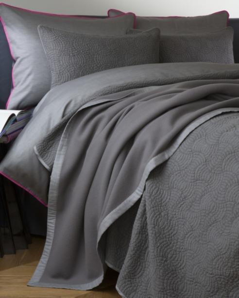 Плед и декоративная подушка Lana Caviar - fioridivenezia.ru
